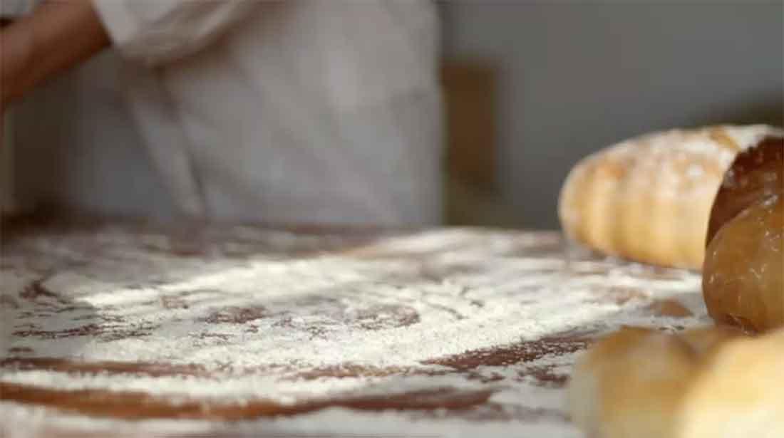Kneten mit glutenfreiem Mehl