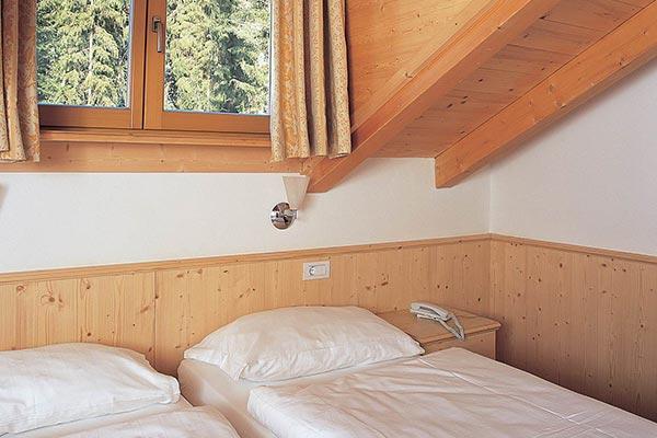 Betten Hotelzimmer Holz